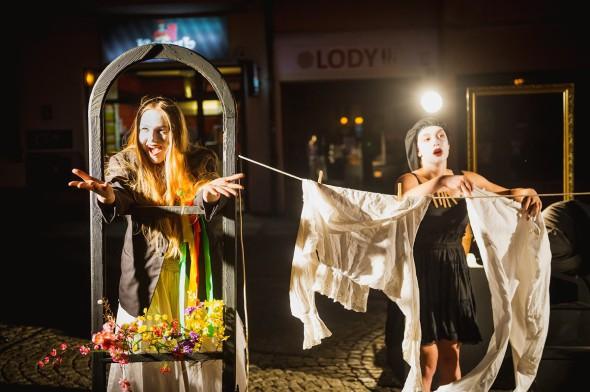 Teatr Zbożowy prowadzony przez Fundację Studio TM Doroty i Artura Anyżów.